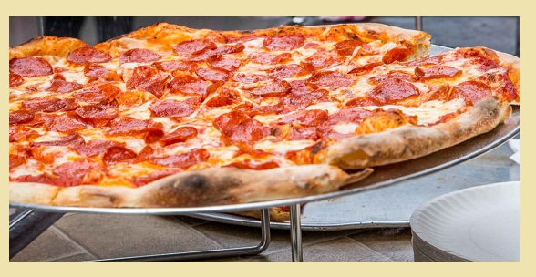 Calories in Pizza - Pepperoni - Reg Crust - Small -10 inch